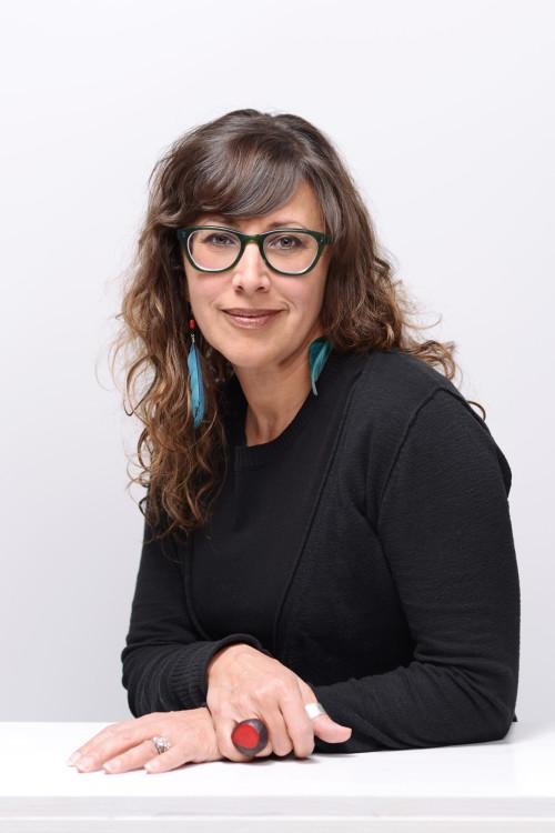 Maria Cotera r
